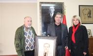 Başkan Civelek'e tablo sürprizi