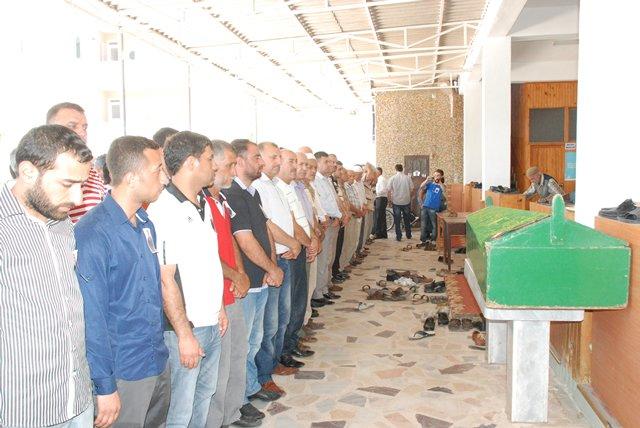 Uyuşturucu satıcıları tarafından öldürülen Kocadölü; DUALARLA TOPRAĞA VERİLDİ!