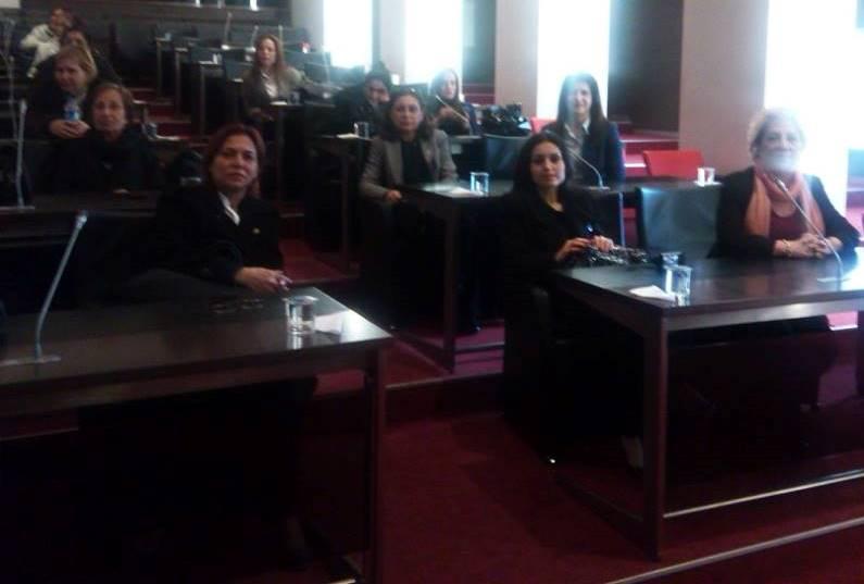 Kadın Kolları Başkanımız Yüksel Evren, Tülay Yüksel ve Seçim Komitesi Başkanı Sabriye Uçum Kadın Kolları Genel Başkanlığında (1)[1]