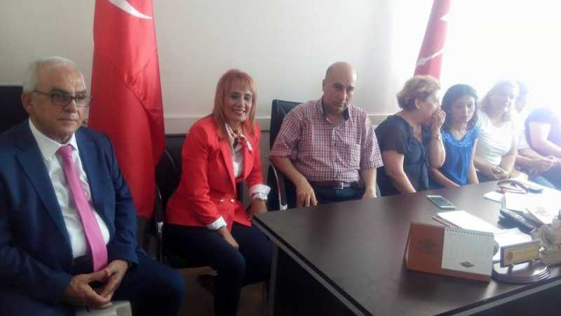 CHP Belen İlçe Teşkilatı milletvekillerinin bayram tebriklerini ilçe binasında kabul etti (7)