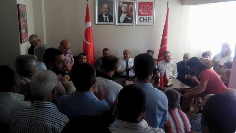 CHP Belen İlçe Teşkilatı milletvekillerinin bayram tebriklerini ilçe binasında kabul etti (8)