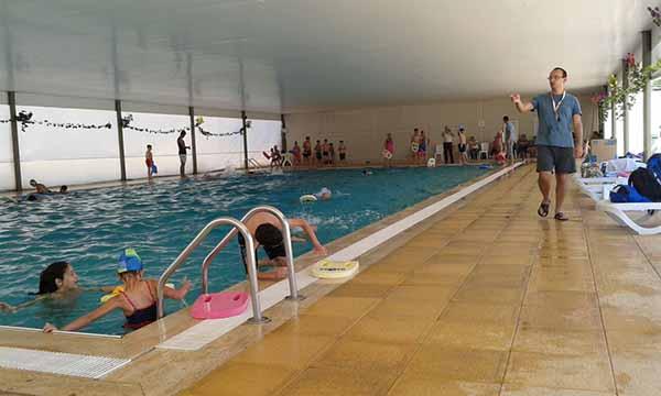 Akdeniz Yüzme Havuzu Ailelerin Tercihi Olmaya Devam Ediyor