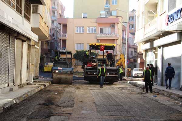 İskenderun'da Mahalle Araları Asfaltlanıyor