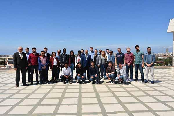 İSTE'nin uluslararası öğrencileri bir araya geldi
