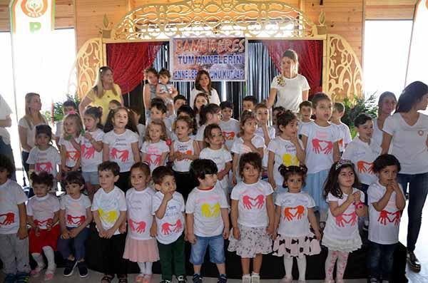 PAMUK Eğitim Kurumlarında Anneler Günü heyecanı yaşandı
