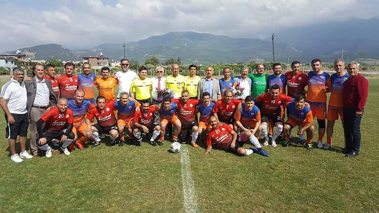 Futbol tutkunları Arsuz'da şov yaptı
