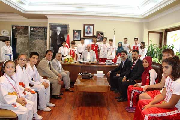 Sambo Sporcularından Başkan Seyfi Dingil'e Ziyaret