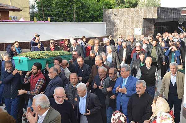 Duayen Gazeteci, Refik Kireççi Dualarla Toprağa Verildi