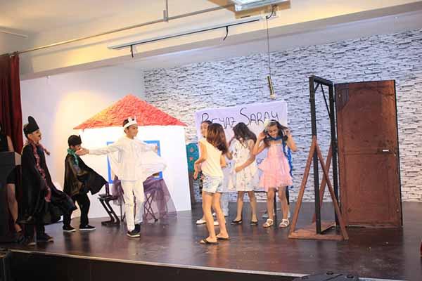 Tatarlı İlköğretim Okulu Öğrencilerinden Yıl Sonu  Tiyatro Gösterisi