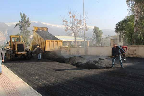 İskenderun Belediye Başkanı Seyfi Dingil: Çay Mahallesinde Asfalt Çalışmaları Yapılıyor