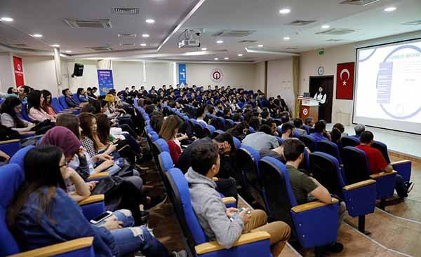 'Girişimcilik ve Kariyer Günü' Ekinliği İSTE'de yapıldı