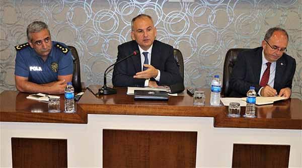 Suriyeli kanaat önderleri ile, kamu düzeni, asayiş ve huzur toplantısı gerçekleşti