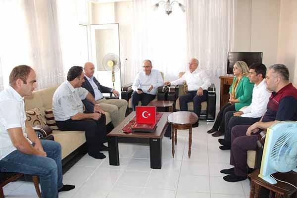 Başkan Fatih Tosyalı Şehit Ve Gazi Aileleri İle Bayramlaştı
