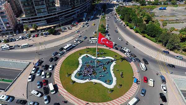Mete Aslan Bulvarı Bayrak Töreni 4
