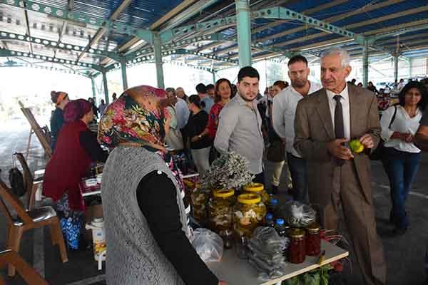 """Arsuz'da """"Kadın Eli Semt Pazarı"""" Haftada İki Gün Kurulacak"""
