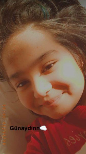 14 Yaşına Kadar 14 Ameliyat Geçirdi; Ayşe Sıla Yardım Bekliyor