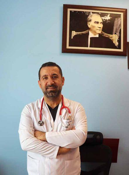 """Başhekim Çocuk Sağlığı ve Hastalıkları Uzmanı Dr. Emin Turhan: """"ÖNCELİĞİM ÇOCUKLARIMIZIN SAĞLIĞI"""""""