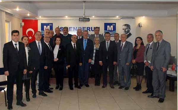 Hatay Vergi Dairesi Başkanı Nazmi Erol Vergi Haftası Münasebetiyle Muhasebeciler Odasını ziyaret etti