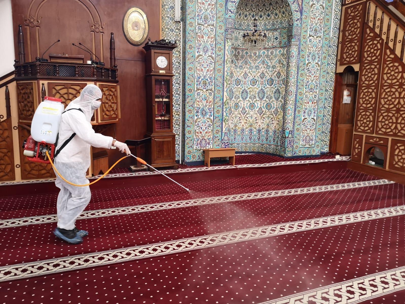 Kaptan Paşa Camii'nde Dezenfeksiyon Çalışması Yapıldı