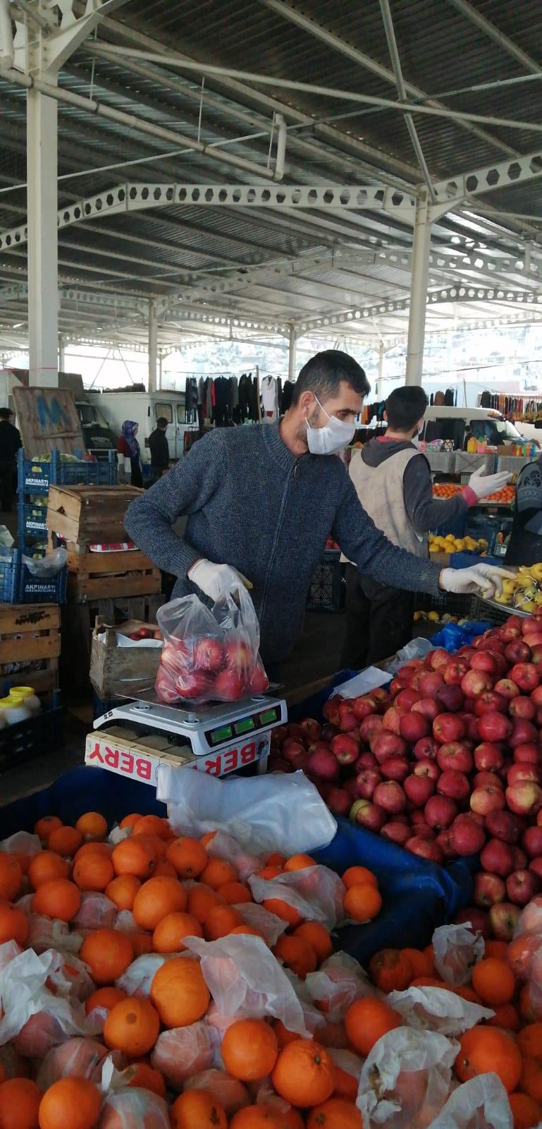 İskenderun'da Pazarların Açılış Saatleri Değişti