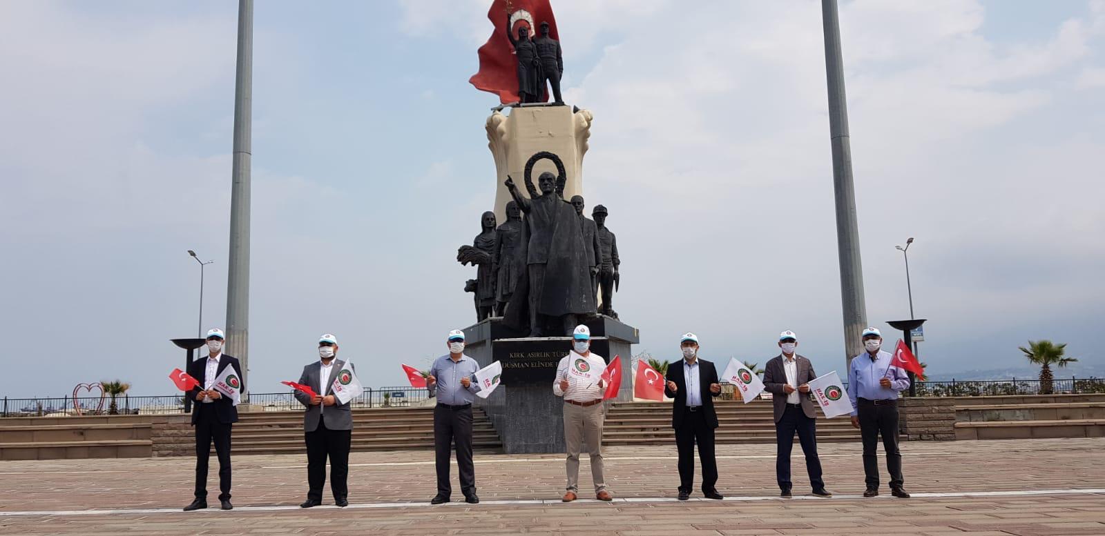 Özçelik iş İskenderun Şube Başkanı Mehmet Güngör 1 Mayis'ı Kutladı