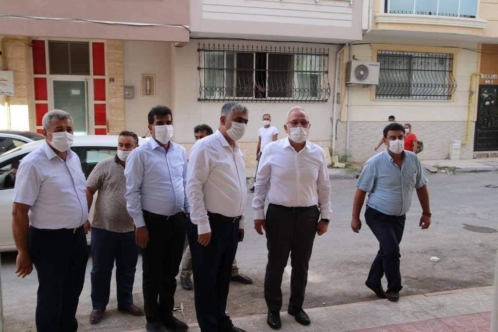 İskenderun Belediye Başkanı Fatih Tosyalı Yapımı devam eden Özçelik-İş Sendikası İskenderun Şube Hizmet Binasını ziyaret etti