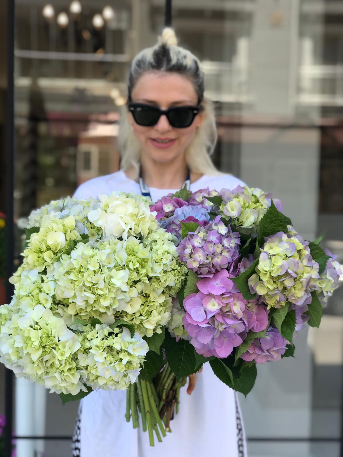 İskenderun'da Daphne Flowers Çiçek Sektörünü Değiştiriyor