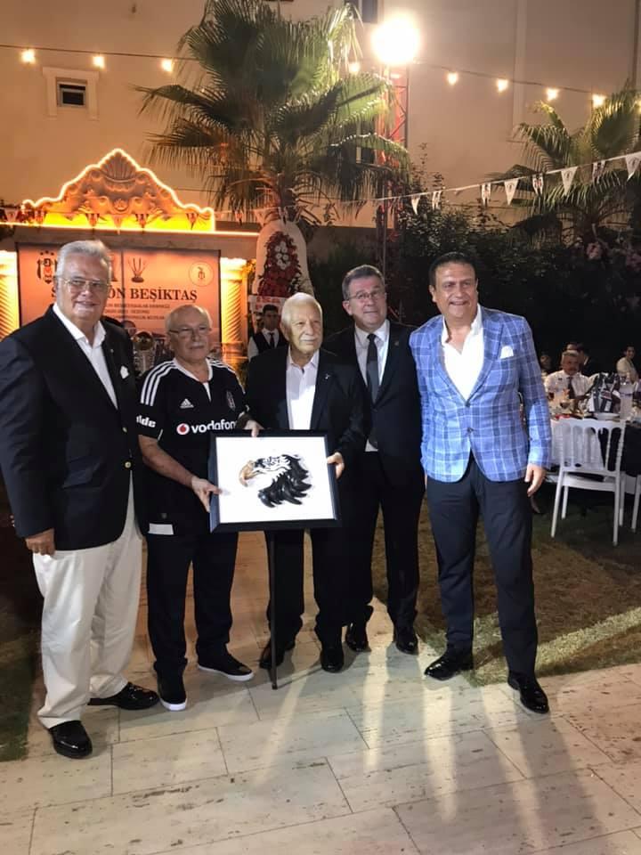 İskenderun Beşiktaşlılar Derneğinden Şampiyonluk Kutlaması