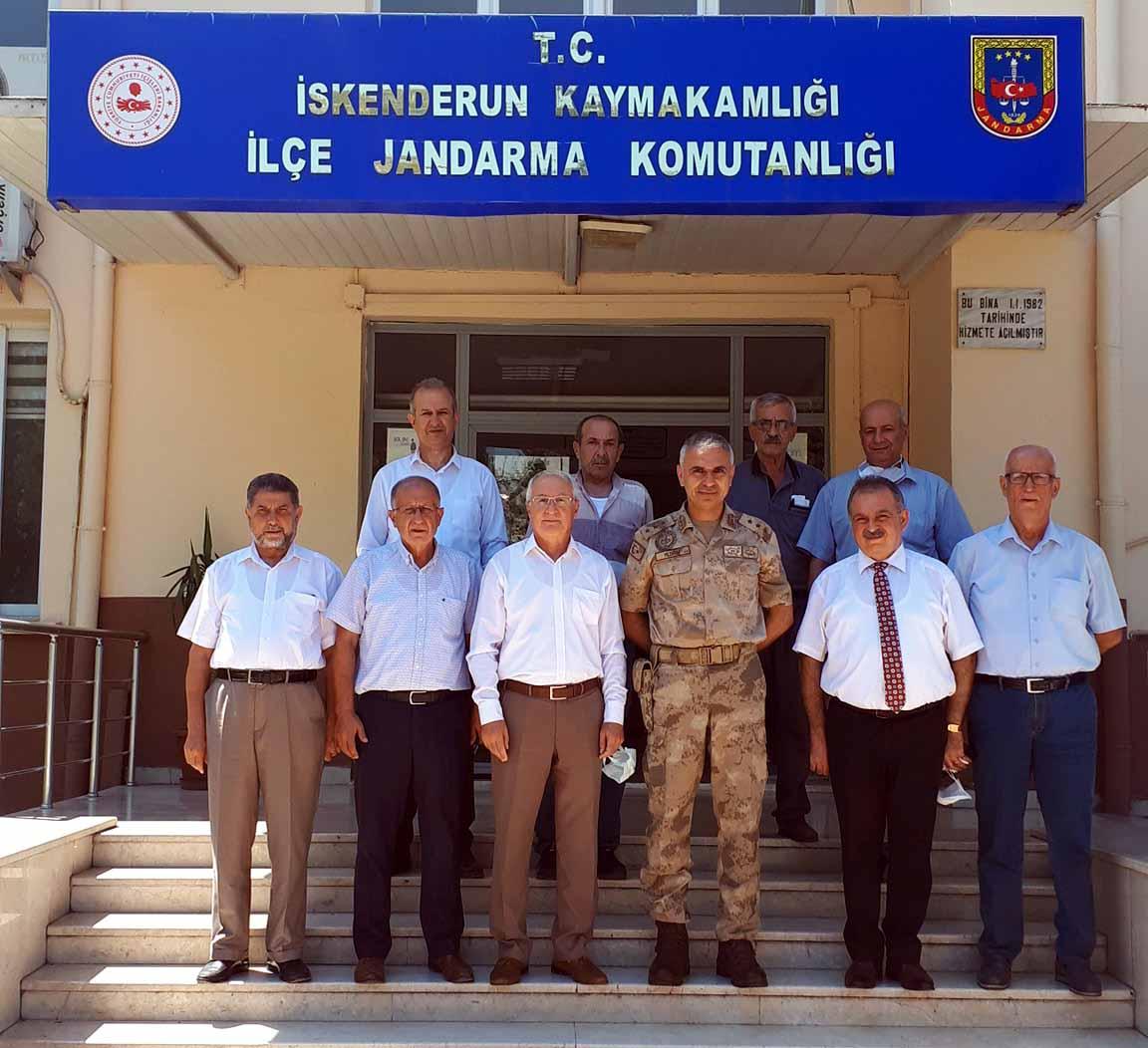 Esnaf Oda Başkanlarından İlçe Jandarma Komutanı Yüzbaşı Yıldırım'a Hayırlı Olsun Ziyareti