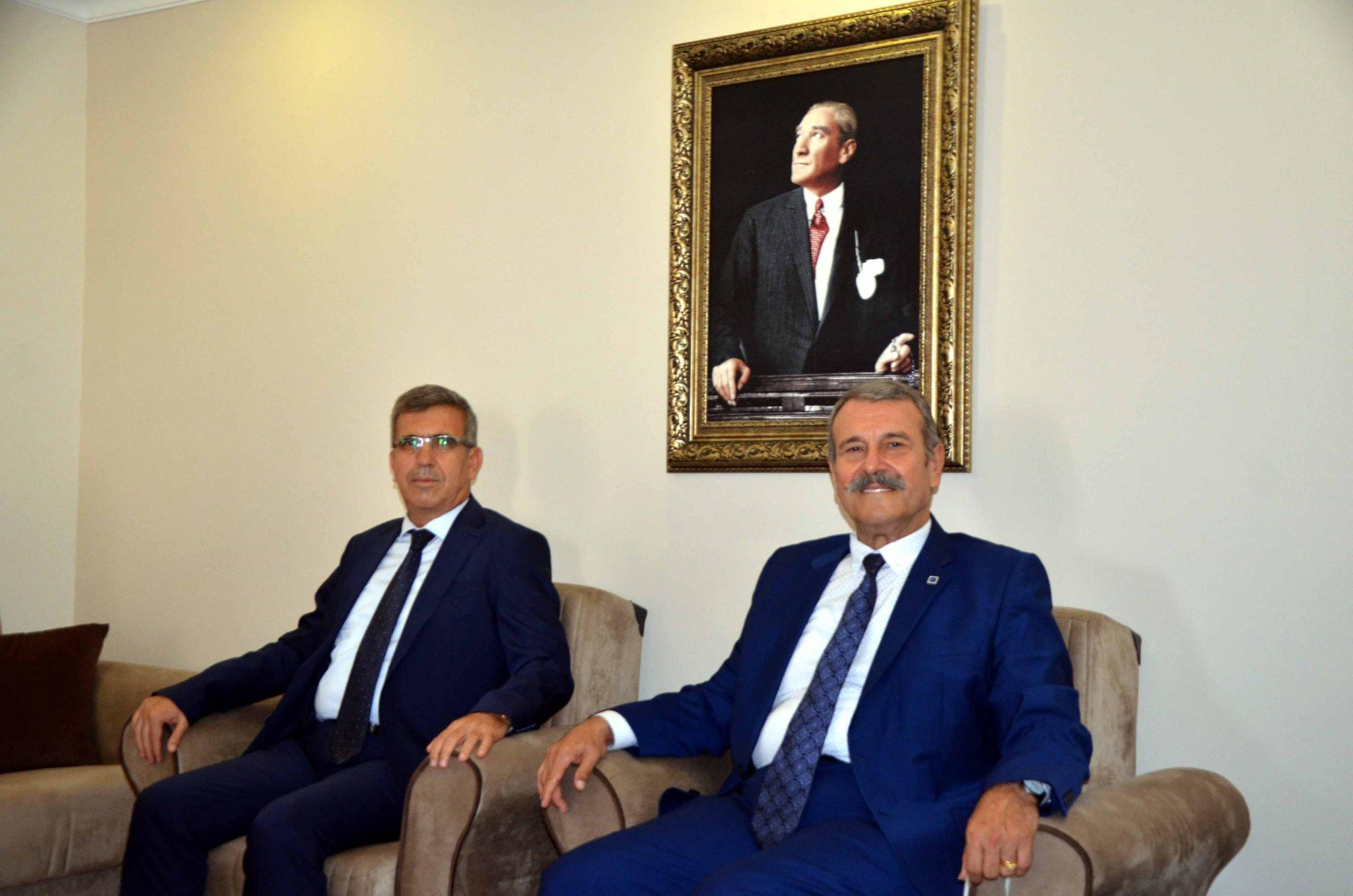 Hatay Vergi Dairesi Başkanı  Müsevitoğlu ve Vergi Dairesi Müdürlerinden Muhasebeciler Odasına Ziyaret