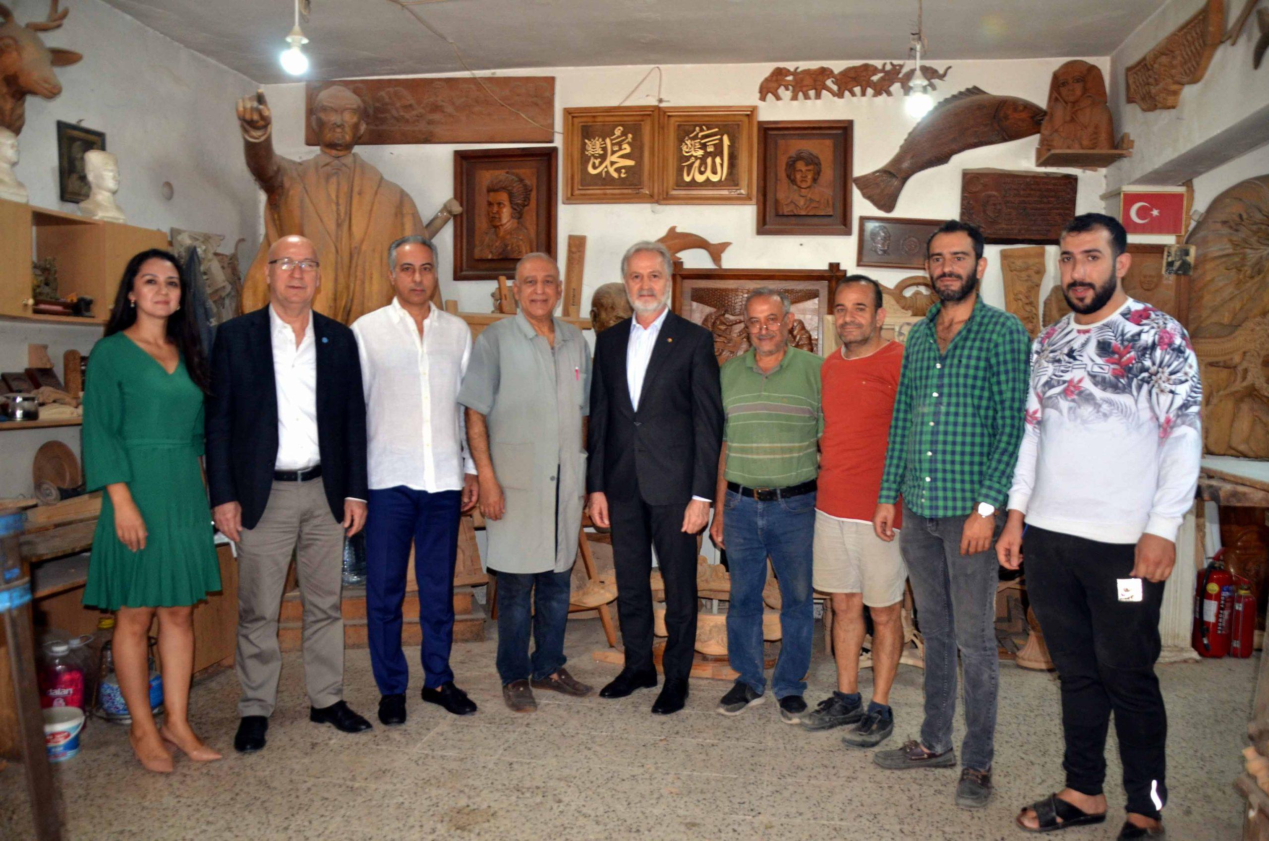 İTSO'dan Yılın Ahisi Seçilen Behzat Böke Ustaya Plaket